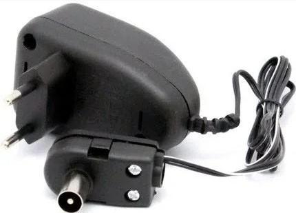 Блок живлення  0-12 В для антенного підсилювача